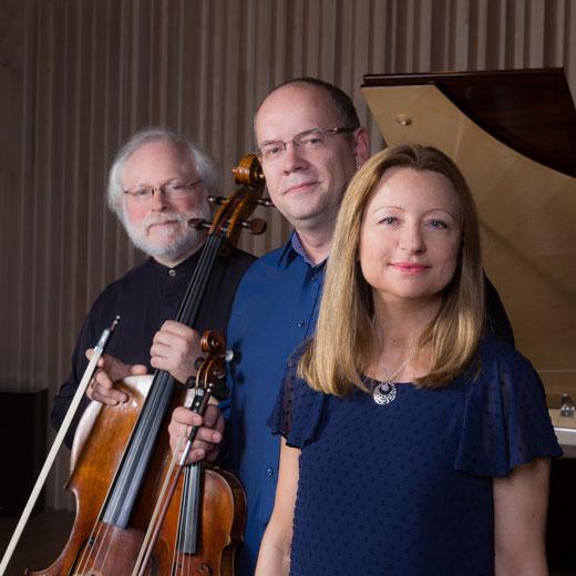 trio boheme trio piano violon violoncelle tchaikovski piazzolla cd calliope jasmina kulaglich igor kiritchenko lev maslovsky concerts musique de chambre