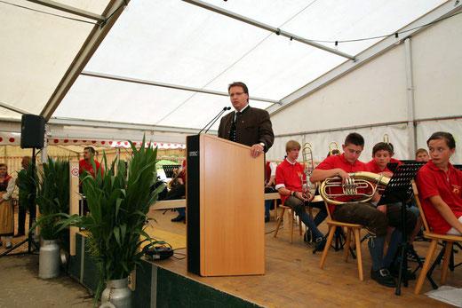 Bm. Ewald Tschabitscher bei seiner Festrede