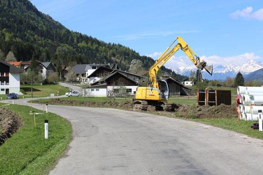 östlich von Gajach, wo auch eine Pumpstation errichtet wird, ist Baubeginn für die Kanalisierung der Ortschaft