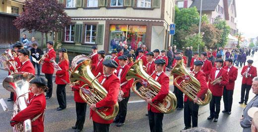 Die Musik Frohsinn Oberburg auf der Marschmusik