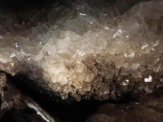 Les cubes de sel gemme de la Kristallgrotte.