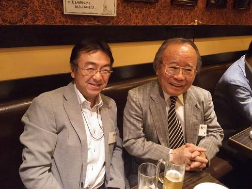 ※写真右が、田中が師と仰ぐ坂本和一先生。立命館APUの創設者で初代学長をつとめられました。