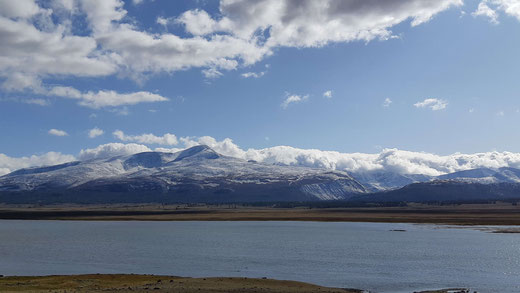 tavan bogd khoton and khurgan lake