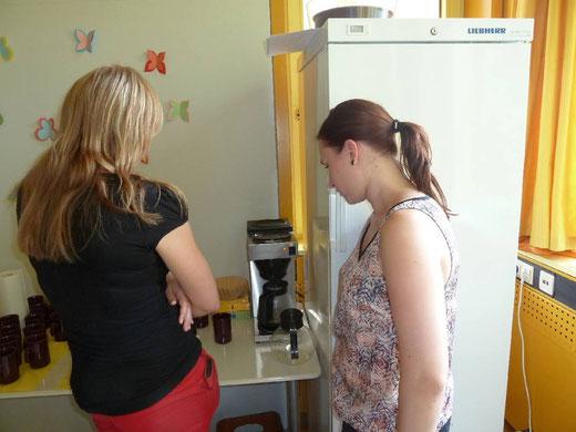 Wie funktionierte noch mal die Kaffeemaschine?