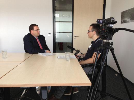 Kamera läuft - Interview bei Cortal Consors