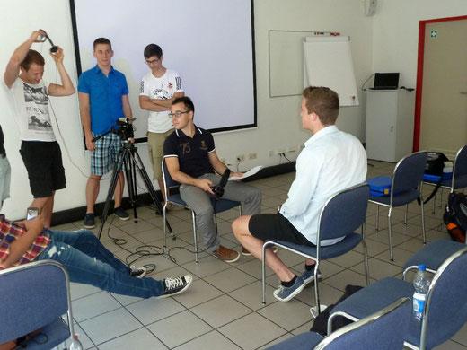 Einüben der Interviews im Medienzentrum Parabol