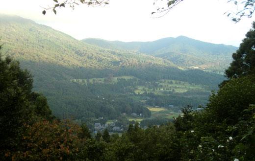 岩間の愛宕神社より 里山の朝(9月18日)