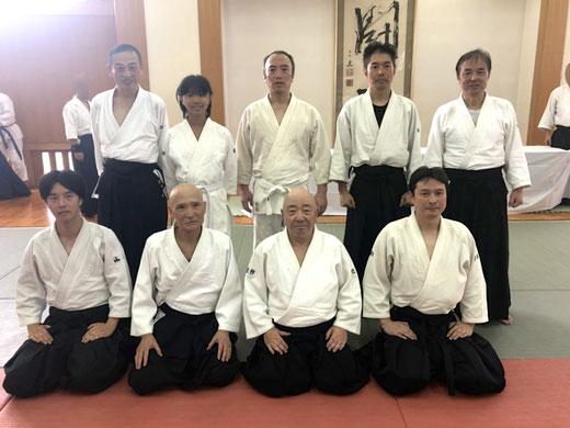 兵庫合気会山田師範にご一緒いただいて記念撮影しました。