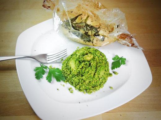 "Ofen-Hähnchen mit Brokkoli-Avocado-""Reis"""