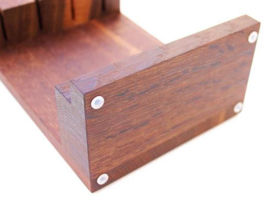 Güde Messerblock SYNCHROS 4-S000-L; Gummifüße auf der Unterseite