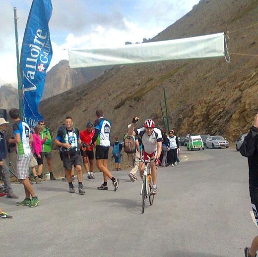 Ralf im Ziel am Col du Galibier