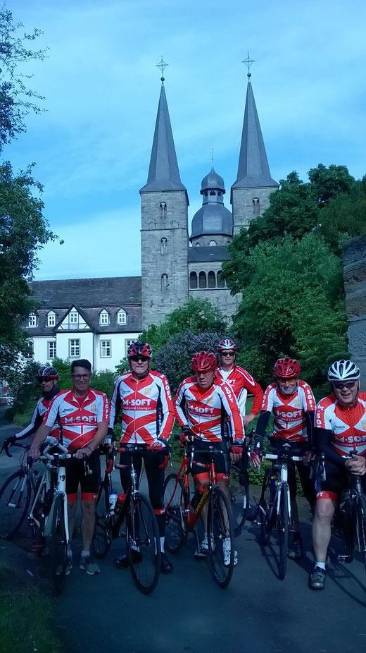 nach 105 Km erreichten die Hesselteicher Radsportler das Kloster Marienmünster