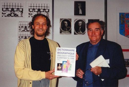 Paul Camille Dugenne et Pierre Le Clercq le 10 mai 1997 au XIV° congrès national de généalogie à Bourges