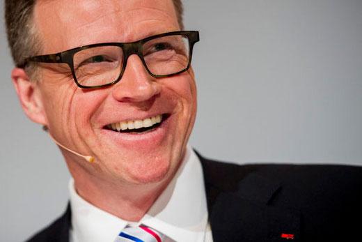 Erfolgreich den Job gewechselt: Andreas Meyer arbeitete bei der Deutschen Bahn, bevor er im Jahr 2007 den Chefposten bei den SBB erhielt. Bild: Keystone/Ennio Leanza