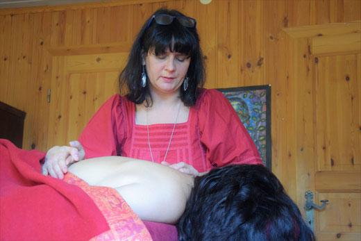 Schamanische  Energiemassage bei Shantiwoman in Morbach