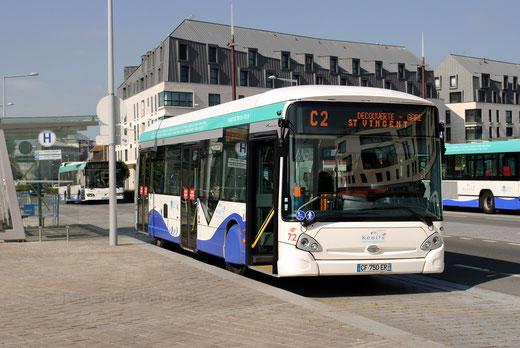 Légende : Le réseau KSMA poursuit son rajeunissement entamé en 2012 (inauguration du nouveau siège des transports, et mise en service des GX327BHNS), avec une nouvelle étape prévue le 5 juillet 2014. ©popol