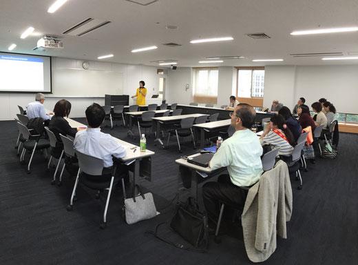 (c) 早稲田大学オペラ/音楽劇研究所