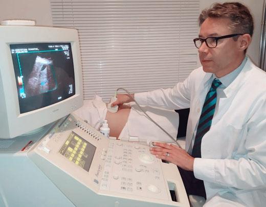 Deutscher Arzt Athen Dr. Christian Schlueter deutschsprachiger Arzt