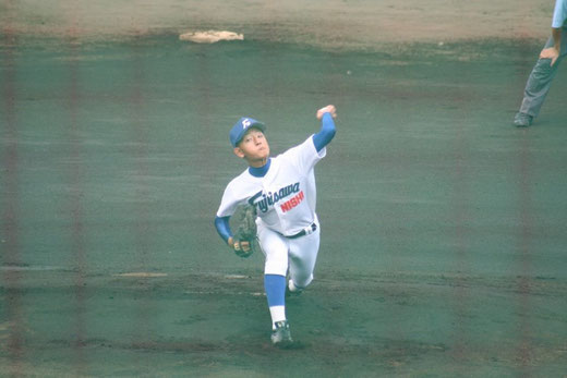 鶴嶺高校の攻撃は【藤沢西 大八木涼真】ページへ!