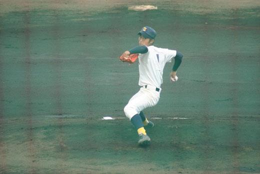 引き続き藤沢西の攻撃は【鶴嶺高校 井口雄大②】ページへ!