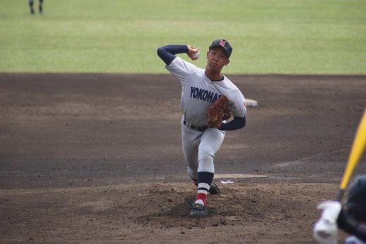 横浜高校 藤平尚真