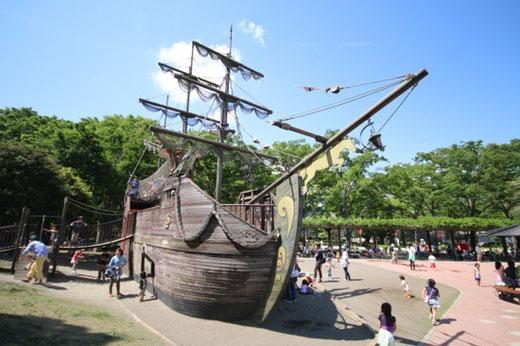東京競馬場 海賊船ダービー号