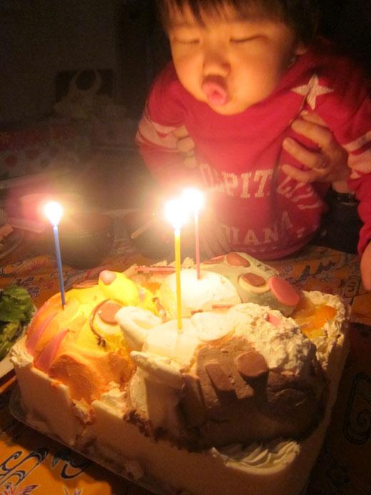お誕生会 バースデーケーキ