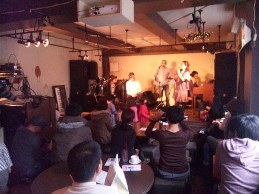 Akino ライブ