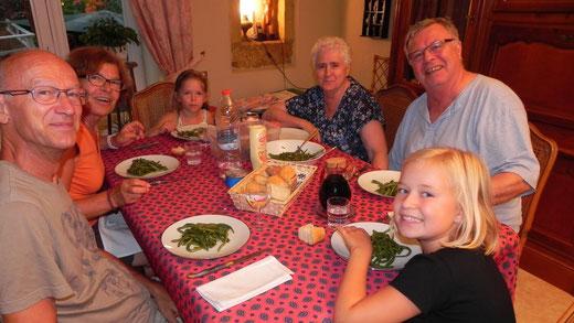 A table avec Maguie et Michel