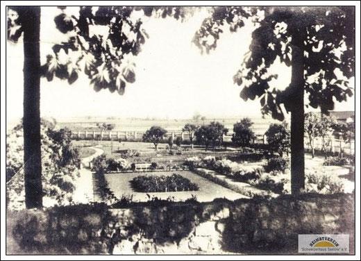 Park vor dem Schweizerhaus