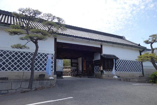 林原美術館 設計:前川国男 1963(昭和38)年