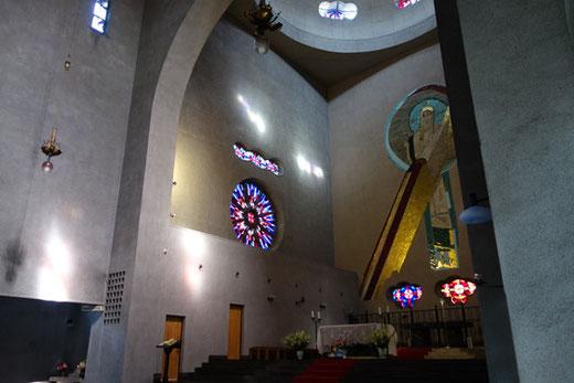 世界平和記念聖堂内陣