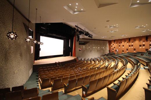 埼玉会館小ホール 設計:前川国男 1966(昭和41)年