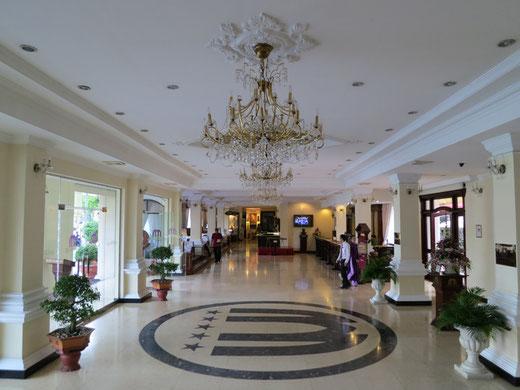 ホテルのエントランス・ホール