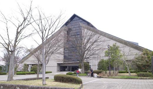 山形県立美術館 設計:本間利雄(1964)