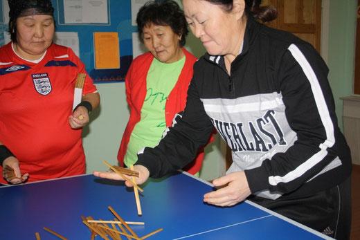 14.12.14. В школе проходили отборочные соревнования среди Туелбэ.