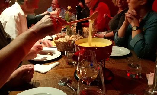Weingut Haug Lindau: Original Schweizer Käse Fondue