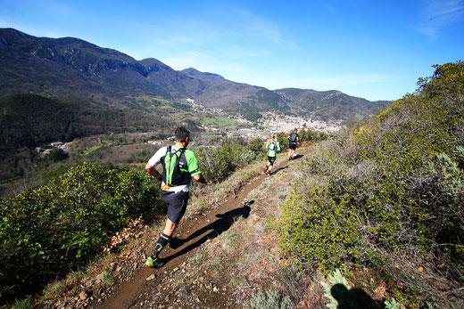 Trail Quillan 18km - descente Bitrague