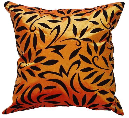 タイシルク クッションカバー  バンコク リーフ デザイン  オレンジ   【Bangkok Leaf Design , Orange】 45×45cm 対応 01