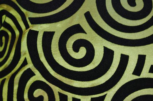 タイシルク クッションカバー  スクリュー デザイン グリーン 【Screw Design , Green】 45×45cm 対応の商品画像02