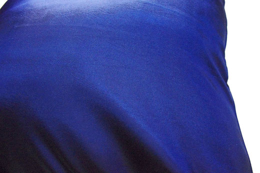 タイシルク クッションカバー  リーフ デザイン ブルー 【Leaf Design , Blue】 45×45cm 対応の商品写真04