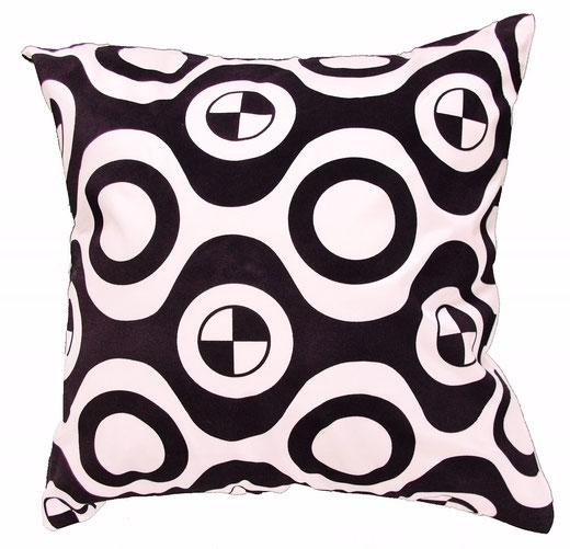 タイシルク クッションカバー  チェッカーデザイン ホワイト 【Checker Design , White】 45×45cm 対応の商品写真01