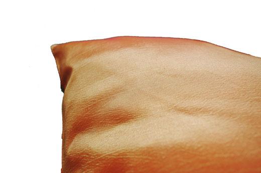 タイシルク クッションカバー  チェッカーデザイン オレンジ 【Checker Design , Orange】 45×45cm 対応の商品写真05