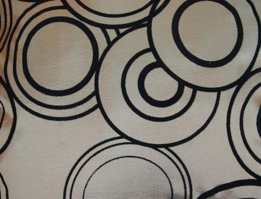 タイシルク クッションカバー  リングデザイン シャンパンゴールド 【Ring Design , Champagne Gold】 45×45cm 対応の商品写真02