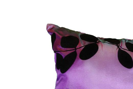 タイシルク クッションカバー  リーフ デザイン パープル 【Leaf Design , Purple】 45×45cm 対応の商品画像02