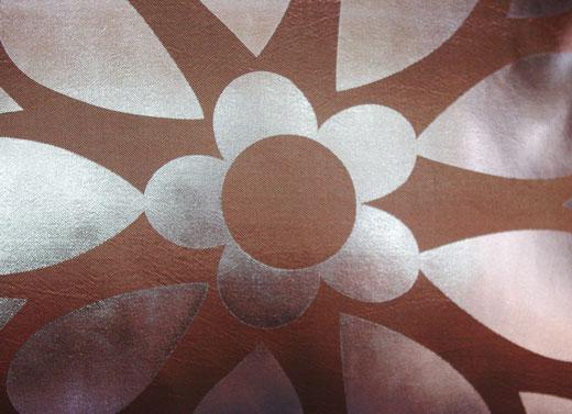 タイシルク クッションカバー  フラワー デザイン シャンパンゴールド 【Flower Design , Champagne Gold】 45×45cm 対応の商品画像02