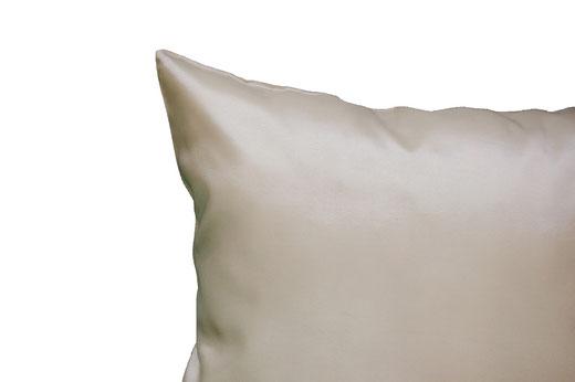 タイシルク クッションカバー  フラワー デザイン パールホワイト 【Flower Design , Pearl White】 45×45cm 対応の商品画像06