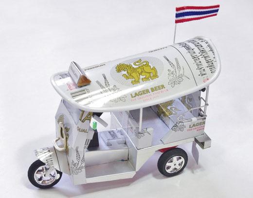ハンドメイド トゥクトゥク (TUK TUK) シンハービール(ビアシン) Singha Beer の商品写真01 [タイ雑貨 アジアン雑貨 タイ旅行おみやげ]