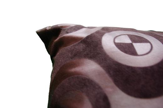 タイシルク クッションカバー  チェッカーデザイン ブラック 【Checker Design , Black】 45×45cm 対応の商品画像02