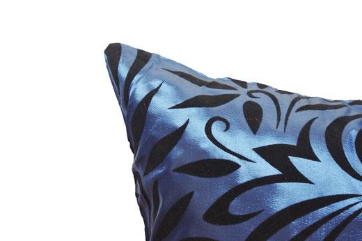 タイシルク クッションカバー  バンコク リーフ デザイン  ブルー   【Bangkok Leaf Design , Blue】 45×45cm 対応 03